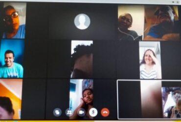 Tela da reunião virtual do clube do livro em Guarulhos