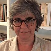 Flávia Poppe, Economista cita o direito à moradia