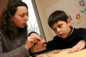 A síndrome de Rett é uma doença neurológica que acomete principalmente crianças