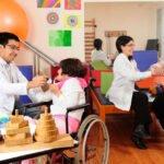 Terapeuta ocupacional atua na prevenção e tratamento de indivíduos com alterações cognitivas, afetivas, perceptivas e psico-motoras